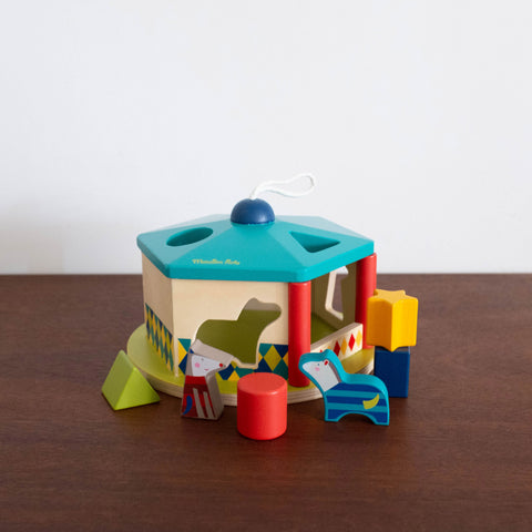 Les Zig Et Zag Sorting House Toy