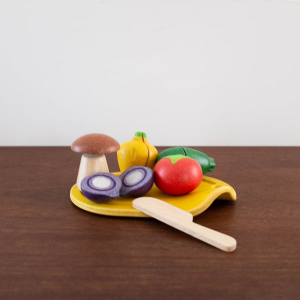 Wooden Assorted Vegetable Set