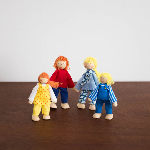 Wooden Traditional Family Doll Set