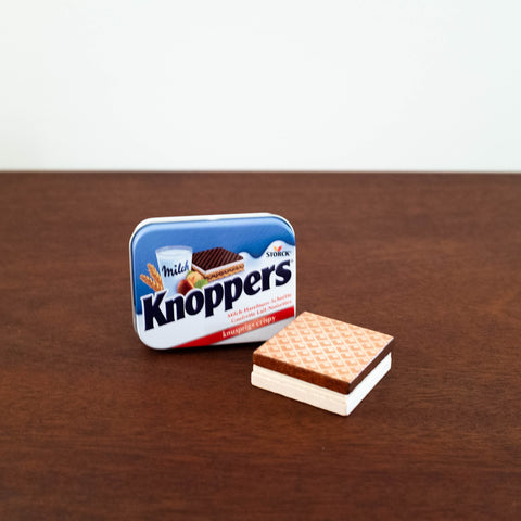 Wooden Waffle Knoppers in a Tin Set