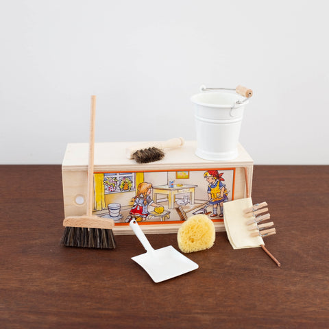 Doll Size Cleaning Accessories- White