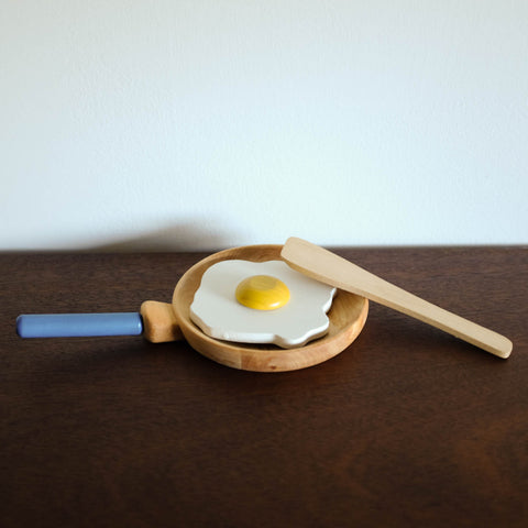 Wooden Egg and Pan Set