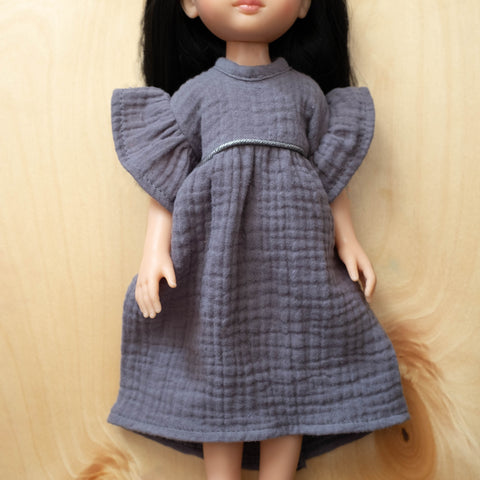 Amigas Doll Outfit: Gauze Grey Dress