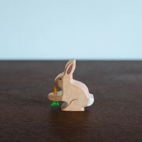Holztiger Rabbit with Carrot
