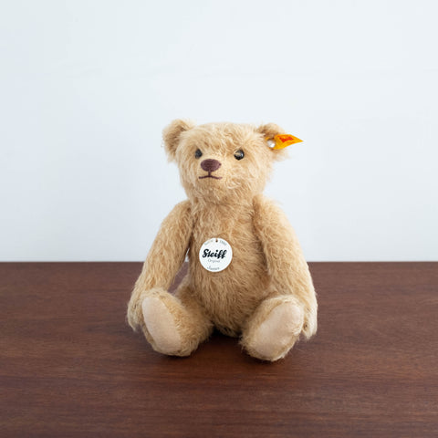 James Classic Teddy Bear Toy