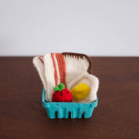 Knitted Play Foods: Toast, Egg, Bacon, and Strawberry