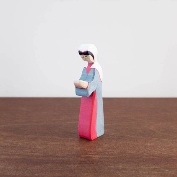Holztiger Nativity Mary Toy