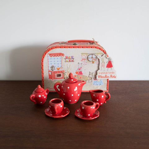 La Grand Familie Red Ceramic Tea Set