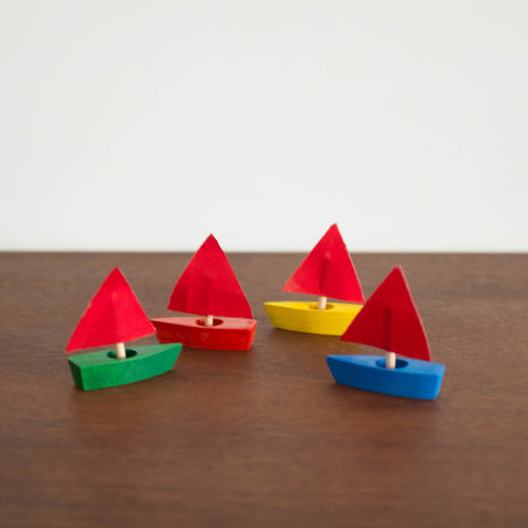 Mini Sailing Boat Set of 4