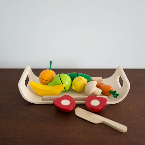 Wooden Cut up Fruits and Veggies Set
