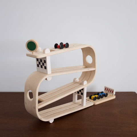 Wooden Ramp Racer