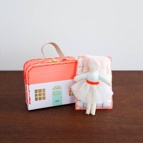 Mini Matilda Doll Suitcase Set