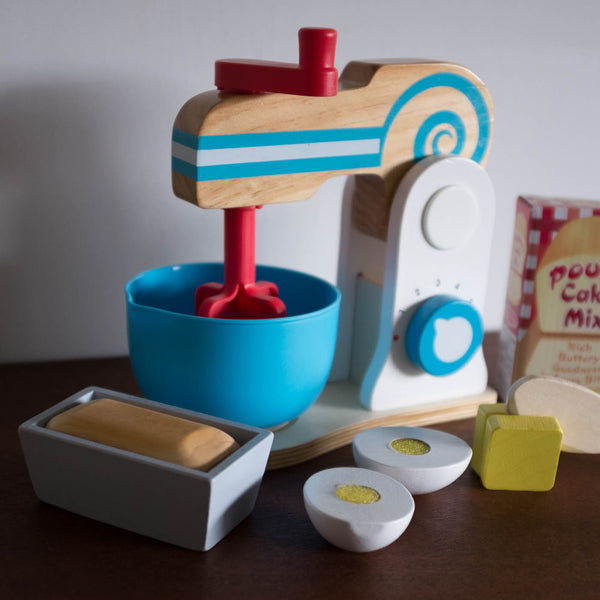 Wooden Mixer Cake Set