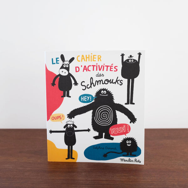 Les Schmouks Activity Book