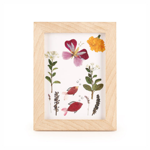 Huckleberry Pressed Flower Wooden Frame Kit