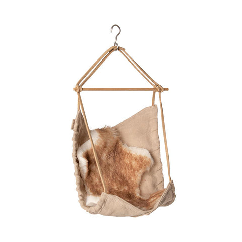 Dollhouse Accessories: Micro Hanging Chair