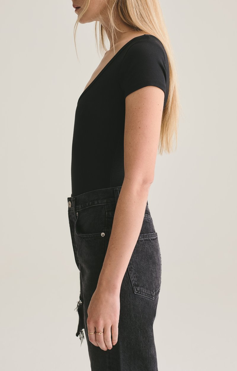 Short Sleeve Rib Bodysuit - Black - house of lolo