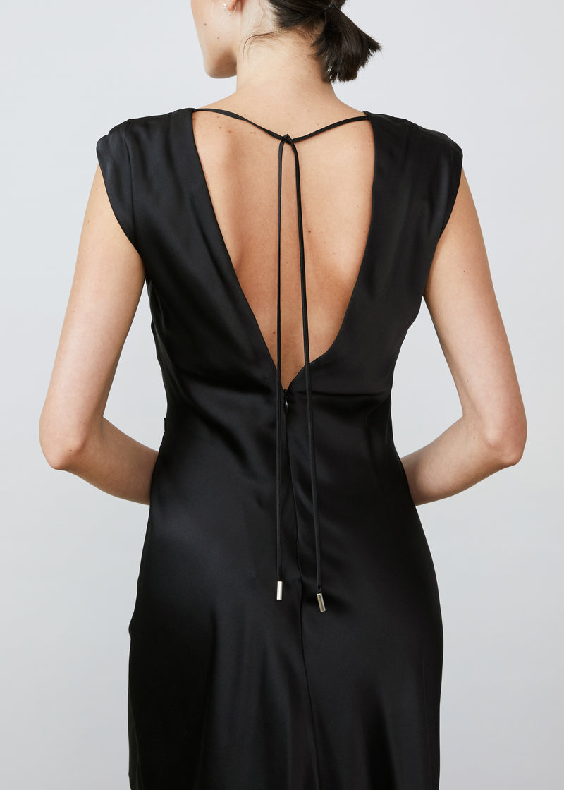 Desiree Deep V-Back - Black - house of lolo