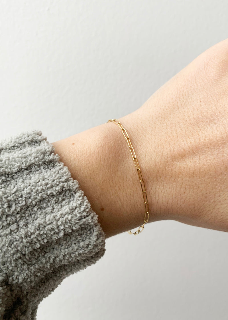 Mini Solid Gold Paper Clip Bracelet - house of lolo