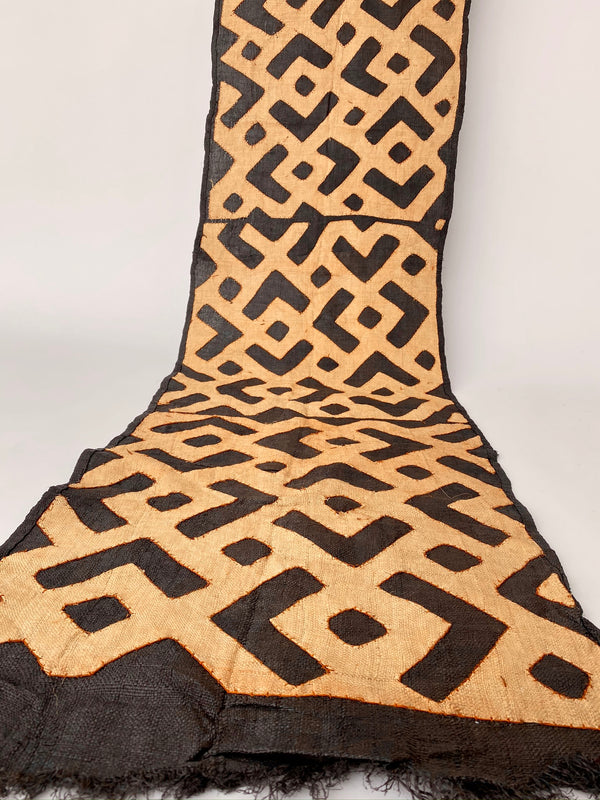 Vintage African Kuba Cloth - Appliqué Pattern - house of lolo
