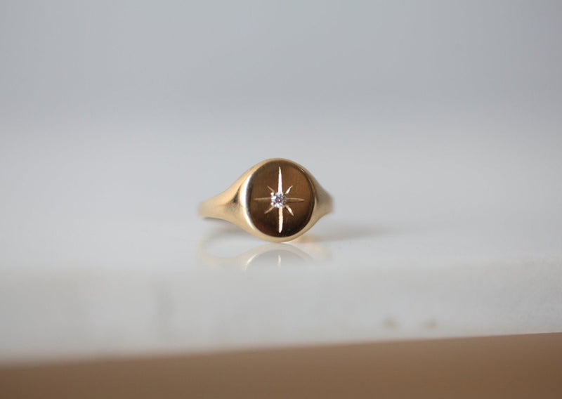 Luna Diamond Signet Ring - house of lolo