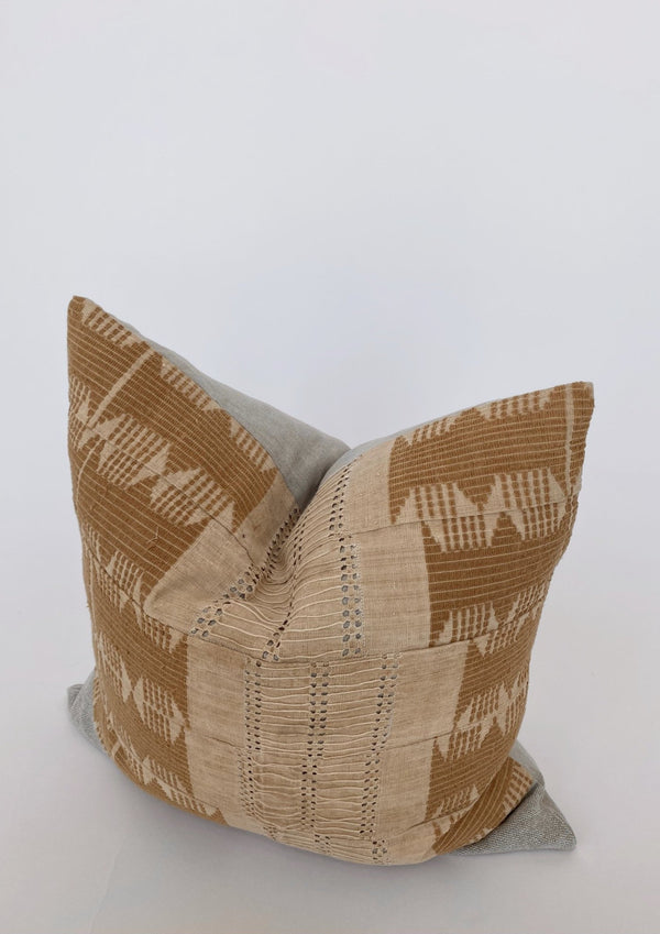 Asoke Vintage Pillow 22 x 22 - house of lolo
