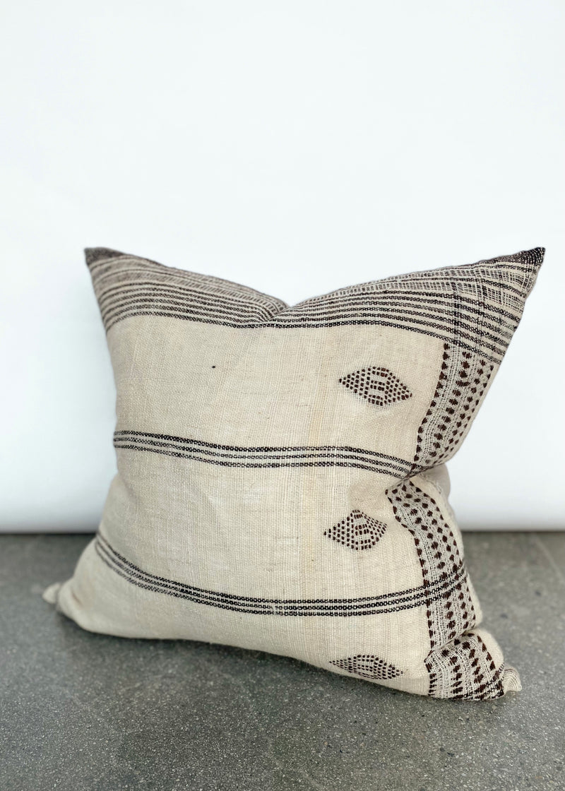 Dune Pillow - Ivory - house of lolo