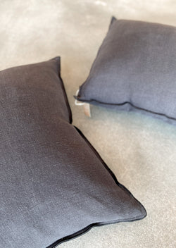 Santal Pillow - Carbon - house of lolo