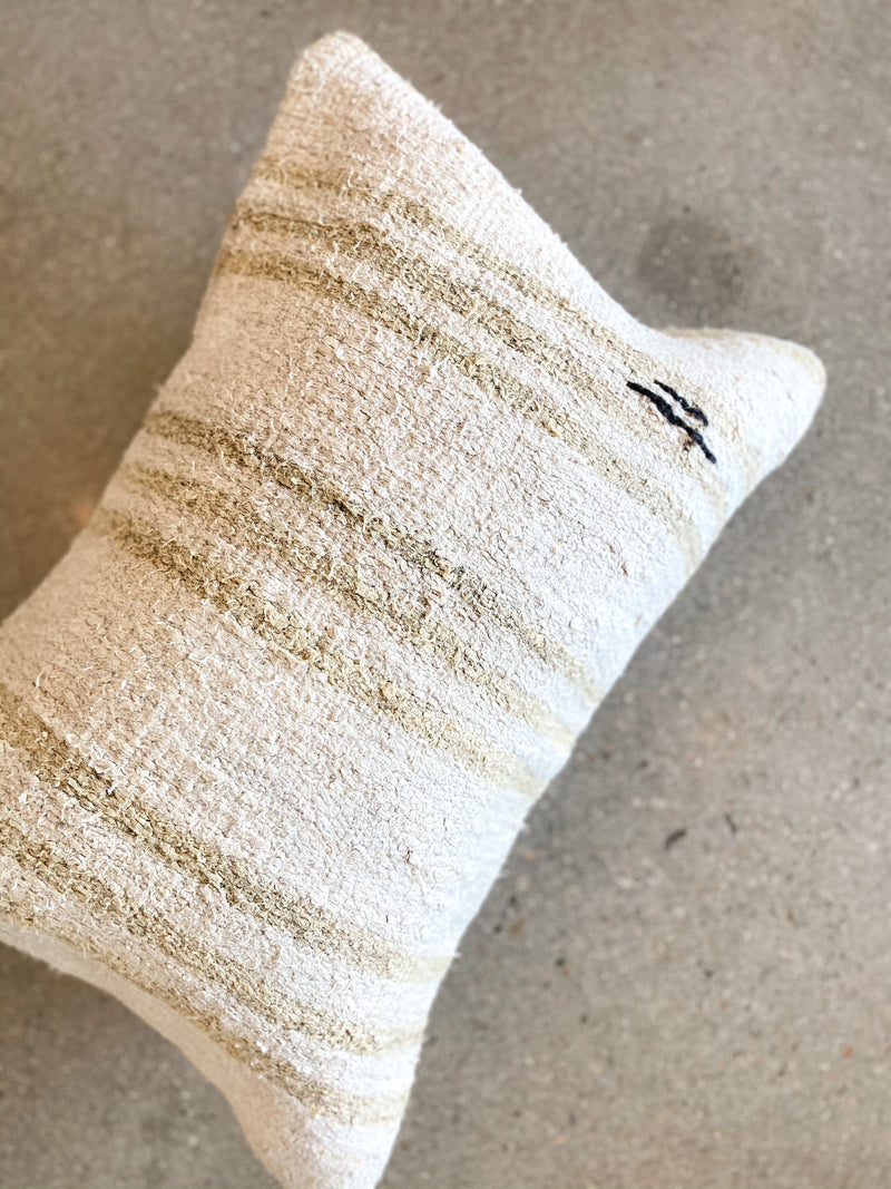 Vintage Hemp Pillow - house of lolo