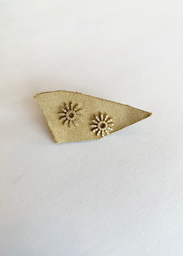 Petite Windflower Studs - house of lolo