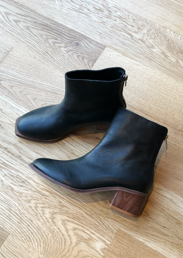 Low Chunky Heel Leather Boot - house of lolo