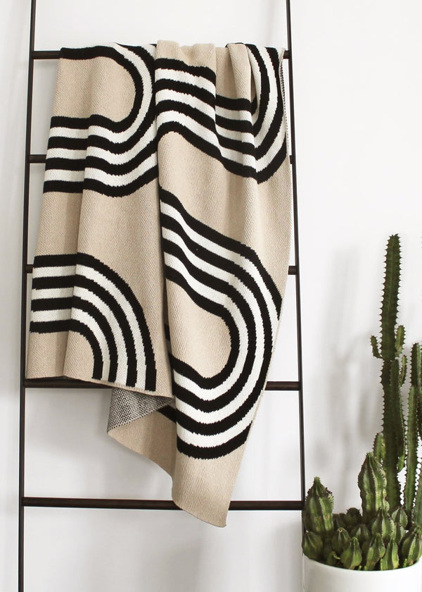 78th Street Black/Linen Recycled Cotton Throw