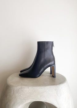 Gianna Boots - Black - house of lolo