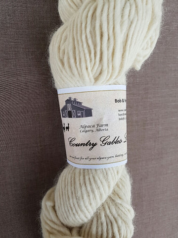 252 Lopi Cream Alpaca Yarn (70% Alpaca/30% Merino) - Country Gables Ltd (alpaca farm)