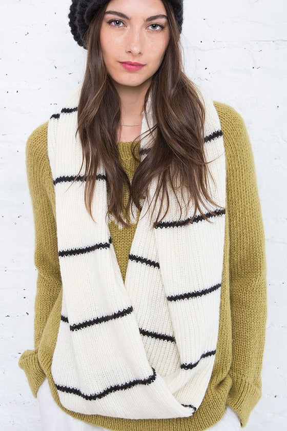 Women's Alexa Eternity Scarf | Wooden Ships Knits