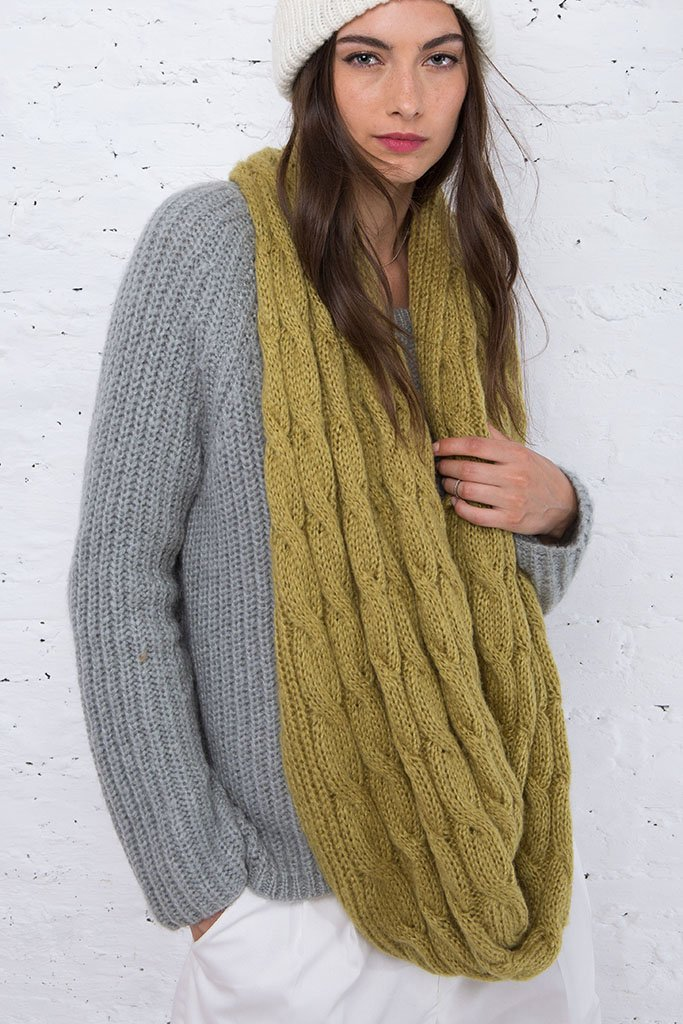 Women's Aran Fisherman Cable Eternity Scarf | Wooden Ships Knits