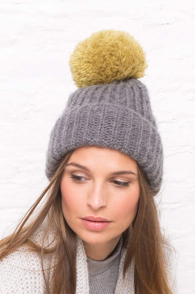 Women's Chelsea Button-Off Pom Pom Hat | Wooden Ships Knits
