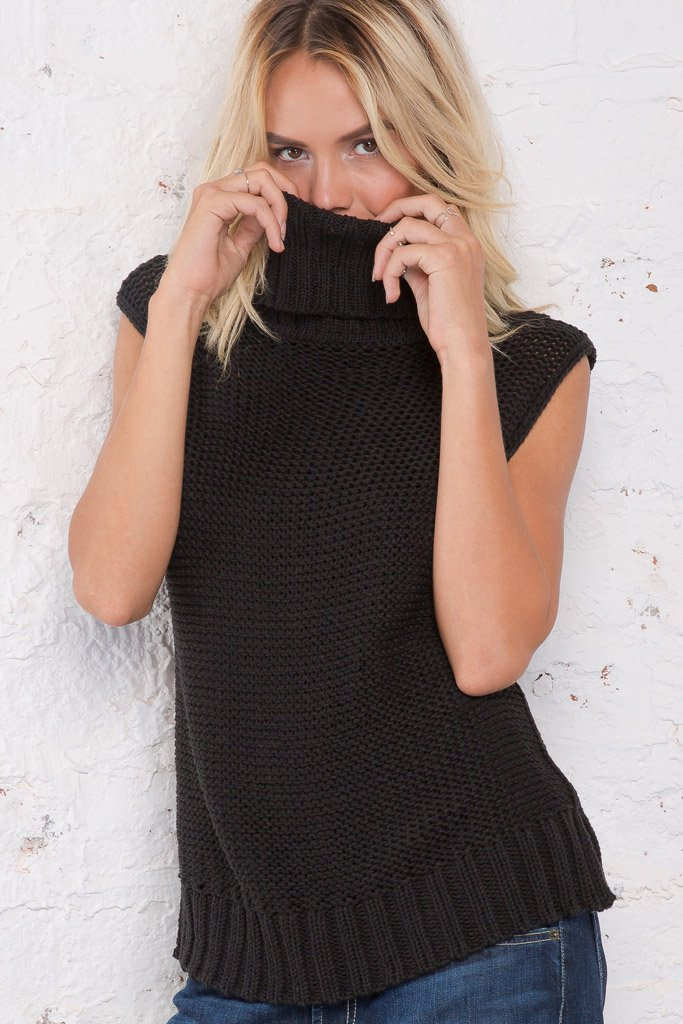 Women's Huckleberry Cowl Vest Cotton Sweater | Wooden Ships Knits