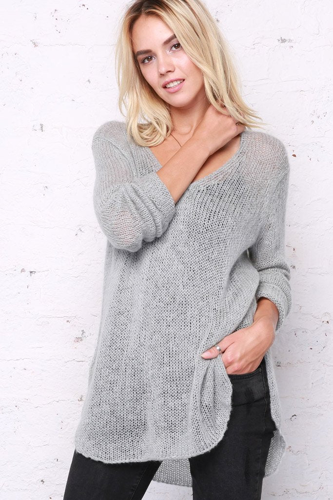 Women's Shirt Tails V-Neck Lightweight Sweater | Wooden Ships Knits