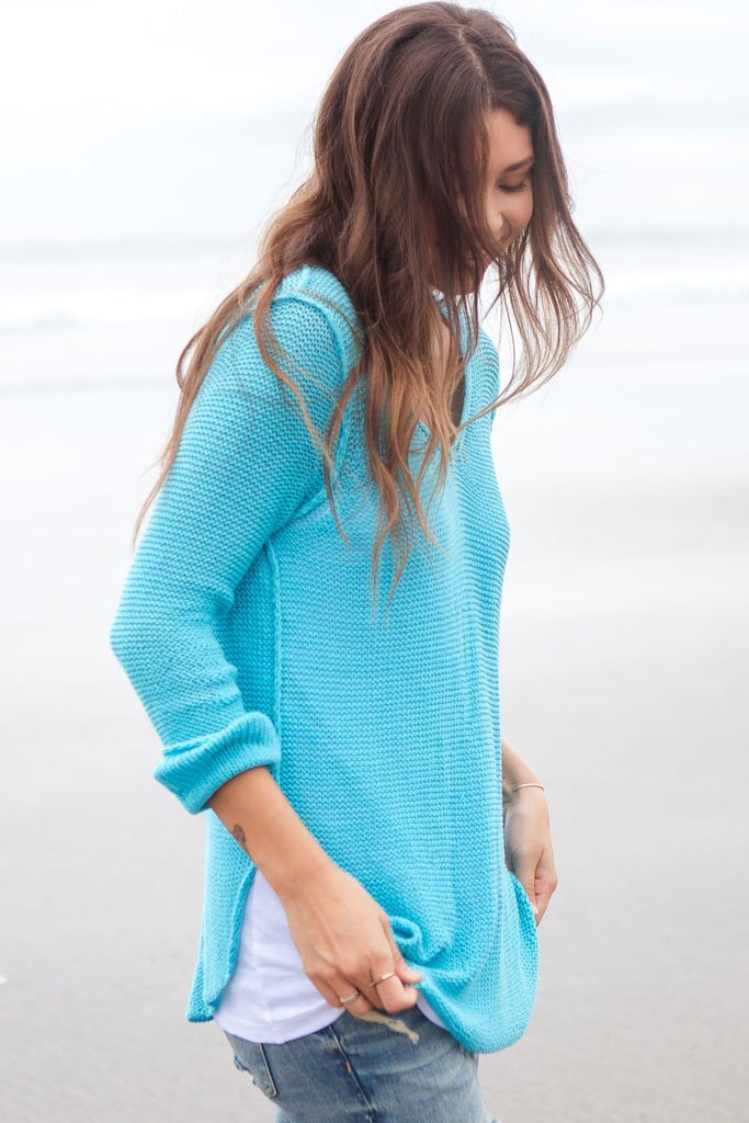 Women's Seed Stitch Shirt Tail V-Neck Cotton Sweater | Wooden Ships Knits