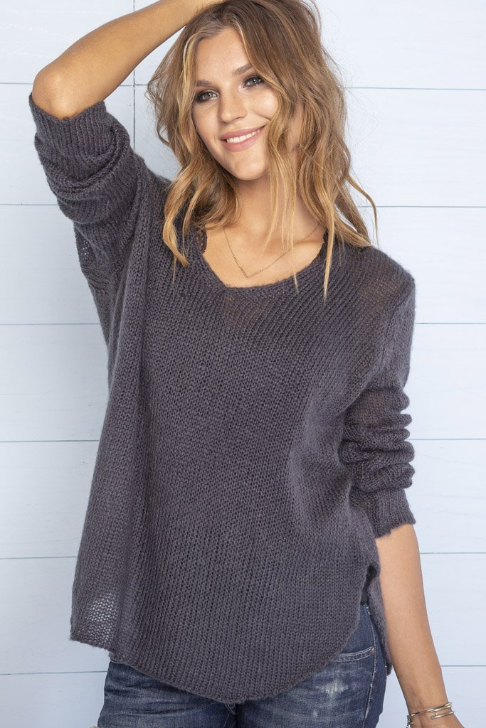 Women's Shirt Tail V-Neck Lightweight Sweater's | Wooden Ships Knits