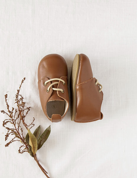 Brooklyn Genuine Leather Oxfords in Chocolate