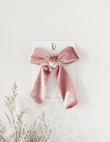 Alice Oversized Velour Bow Clip - Princess Pink