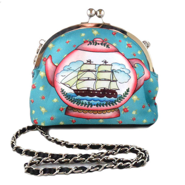 Australian online store JATOE sells Jubly Umph merchandise including handbags and the rare teapot handbag purse. www.jatoe.com.au