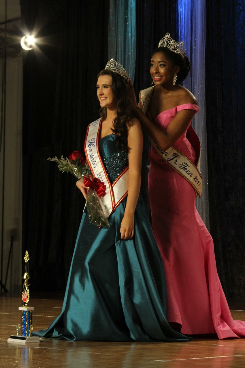 Miss American Jr. Teen Hostess 2018