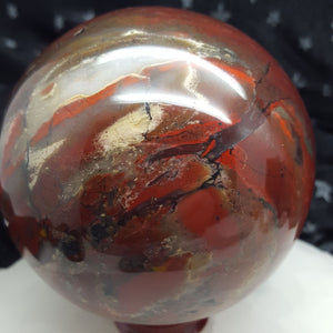 Sphere Poppy Jasper 8 cm | Carpe Diem with Remi