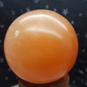 Sphere Peach  Selenite 8 cm | Carpe Diem with Remi