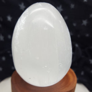 Egg Selenite 7 cm | Carpe Diem with Remi