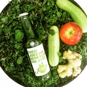 Go Green - Spinach + Parsley + Celery + Cucumber + Ginger + Lime + Mint.