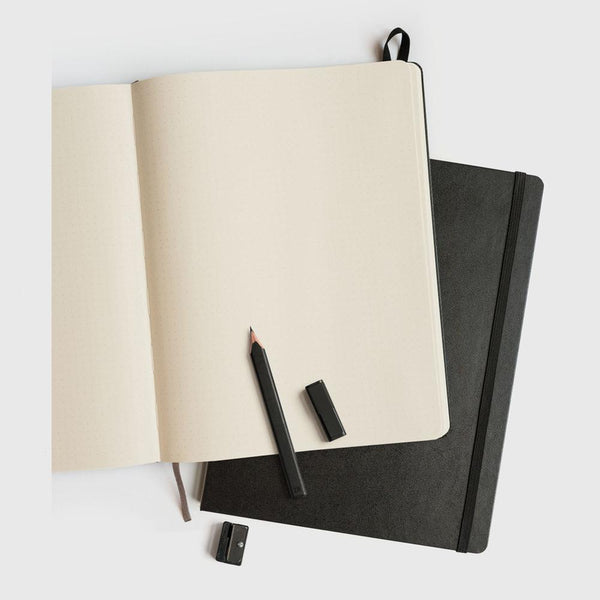 MOLESKINE - CLASSIC HARD COVER NOTEBOOK - DOT GRID - BLACK (POCKET, LARGE & EXTRA LARGE)